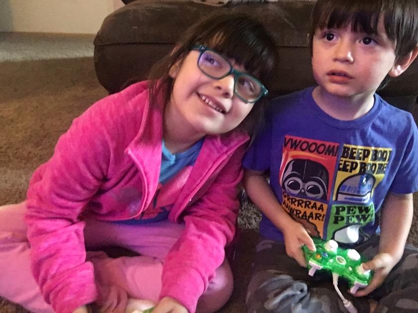kids-playing-potter